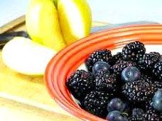 fresh fruit for breakfast