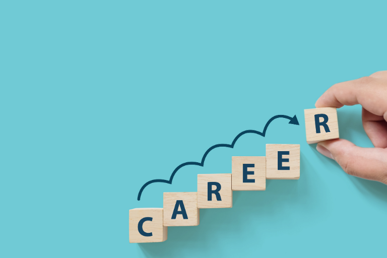 7 Best Career Development Courses to Enroll in Online (Updated 2021)