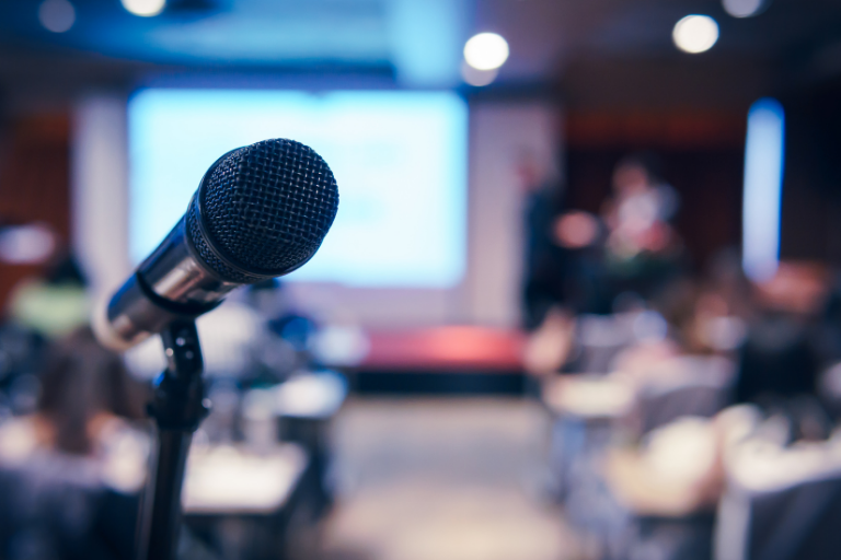 8 Best Public Speaking Courses Online to Enhance Your Speaking Skills