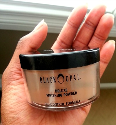 The Black Opal Deluxe Finishing Powder For Women of Colour and Oily Skin