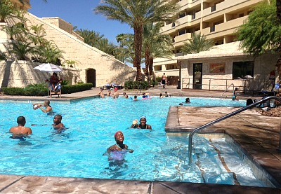 Swiming with my sister Laju at the Cancu Resort, Las Vegas Nevada