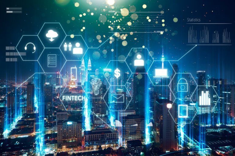 7 Best Fintech Courses to Learn About The Tech and Trends (2021)